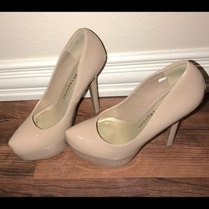 Chinese Laundry Nude Pumps