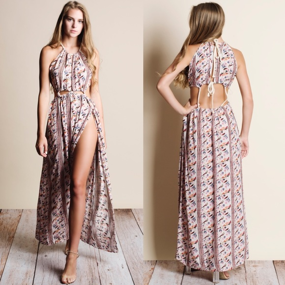 Bellanblue Dresses - Cut Out Floral Print Maxi Dress - BLUSH