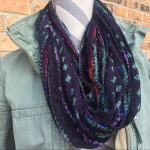 🍋 • aeo • tribal infinity scarf