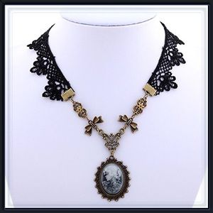 Jewelry - 🆕 Victorian Pendent Gothic Style Necklace