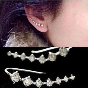 🌺🌺7 ʟᴇғᴛ🌺🌺 Crystal Ear Climber Dainty Earrings