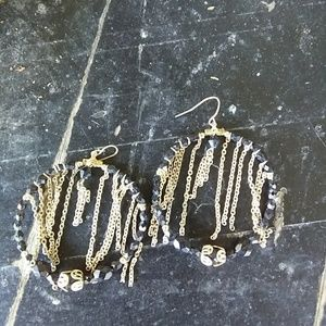 Jewelry - 🎅Dangling chain earrings🎅 💎 5-4 $20💎