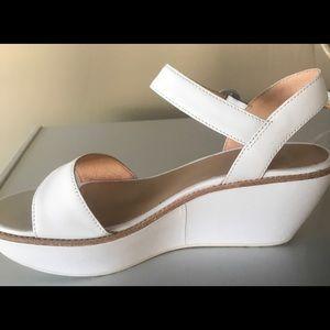 Camper Shoes - Camper Damas shoes BRAND NEW