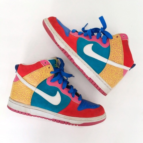the best attitude d01a7 44970 Nike Dunk High 6.0 Multi Colored Sneakers. M 595312bb620ff7875c0e27b7