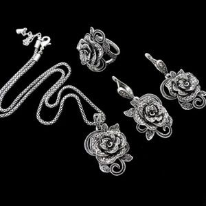 Jewelry - Antique Black Crystal Flower 3 piece Set