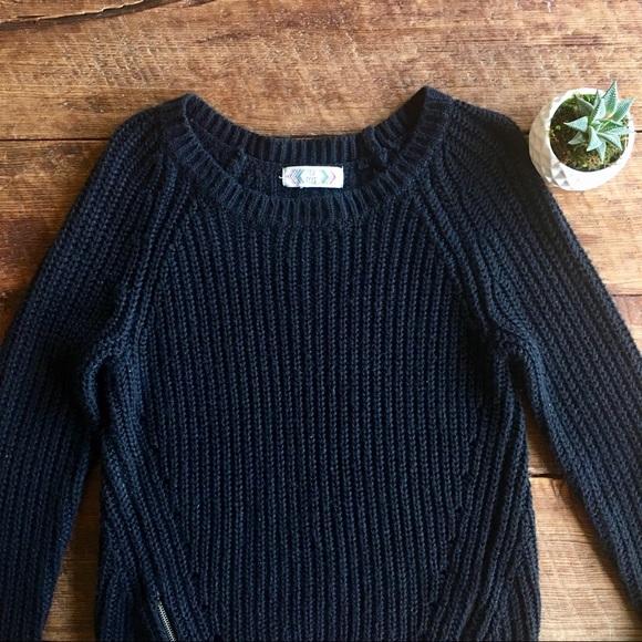 Pink Rose - Pink Rose | Black Sweater from Autumn's closet on Poshmark