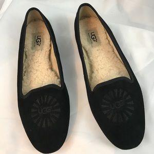 UGG sz7.5 black suede slip-on flats