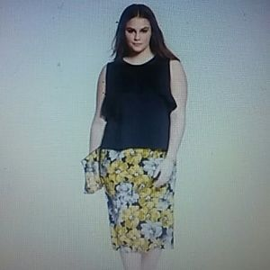 NWT Who What Wear Green Black 24W Skirt Pencil