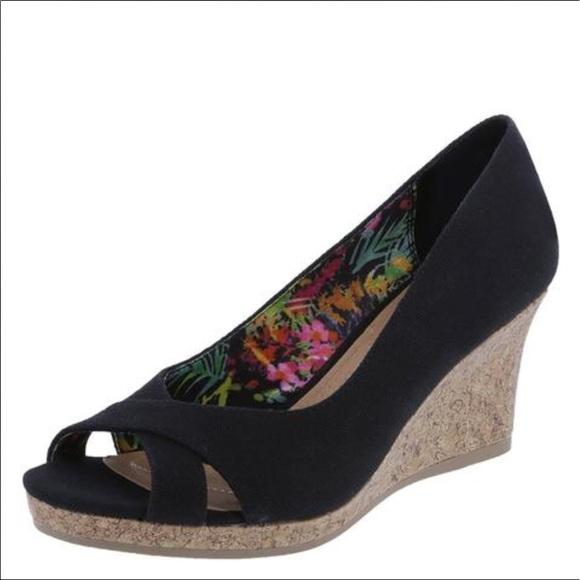 47d4808d89c Dexflex Shoes - ❣️SALE  DEXFLEX COMFORT CAITLYN PEEP TOE WEDGE