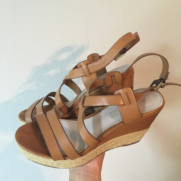3c0f36f91b8 Steve Madden Shoes - Aldo Shoes 👡
