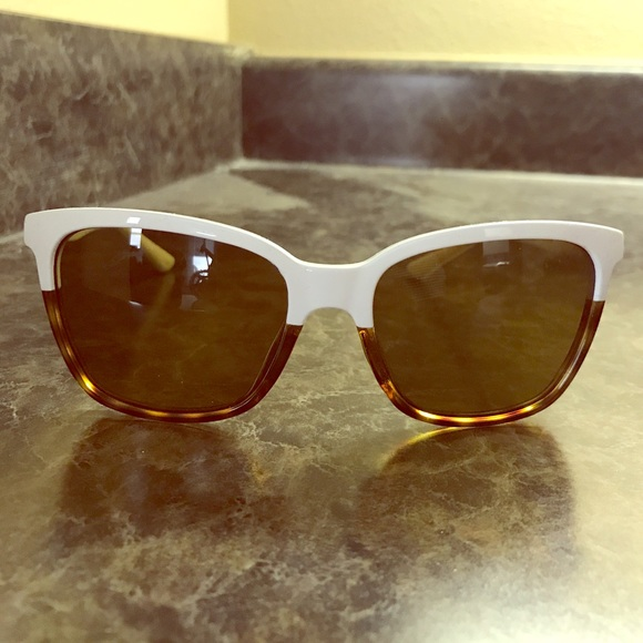 84927a1a1e2 Ladies Smith Colette sunglasses. M 5952ebab9c6fcf4e830d62e0