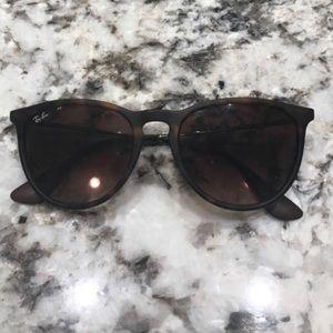 RayBan aviator style glasses