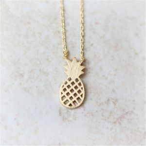 Jewelry - 🍍 Gold Dainty Gold Pineapple Necklace 🍍