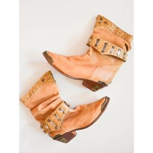 VINTAGE Studded leather slouch boots