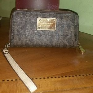 Michael Kors wallet brown logo wristlet
