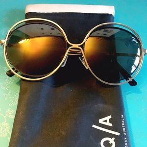 Quay Australia Accessories - Quay Gold Penny Lane Sunglasses
