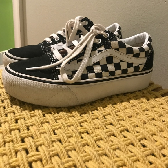 736c01608f6d3a Vans checkered Platform old skool. M 595308d5eaf0304fd10ddea6
