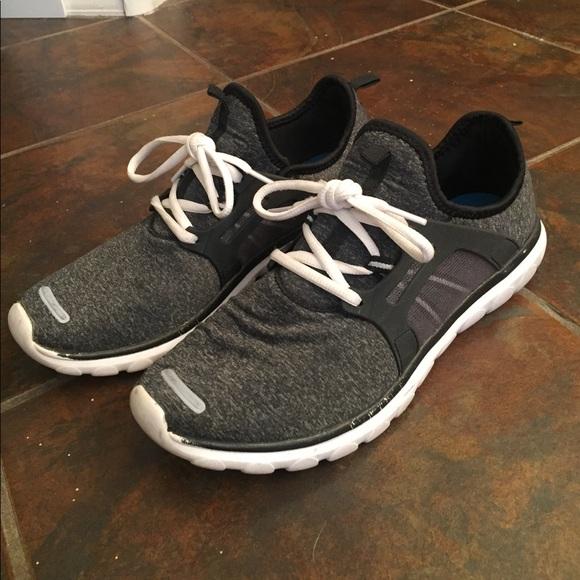 fea0106da74403 Champion Shoes - Champion Cushion Fit Sneakers