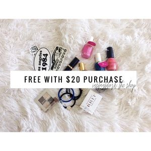 Accessories - Free small gift with $20 purchase