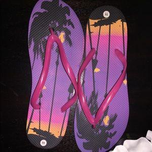 Shoes - Tropical flip flops