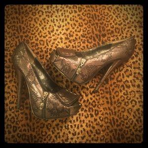 Skull 💀 open toe heels