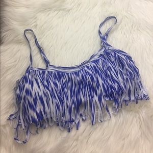 ⭐️cute fringe bikini top size M