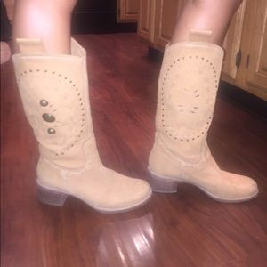 Frye Shoes - Cowgirl boots