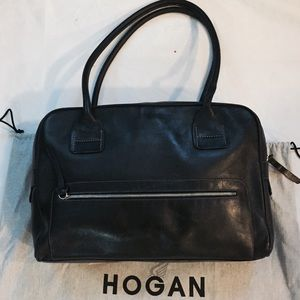 Hogan Handbags - 🆕 Hogan Original PanAm Bag