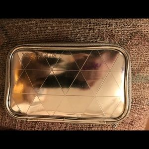 Small smashbox makeup pouch