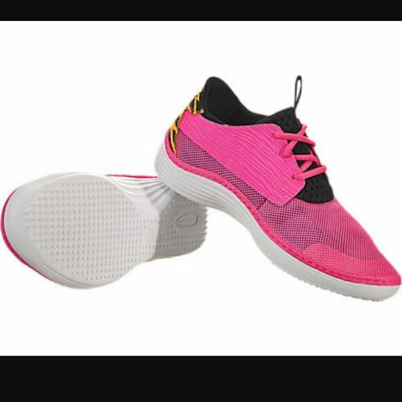 Nike Solarsoft Moccasin Pink