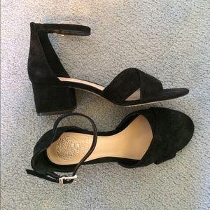 Vince Camuto Black Suede size 7 Sandals