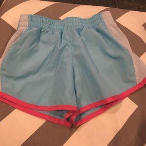 Girls active shorts  size 10–12