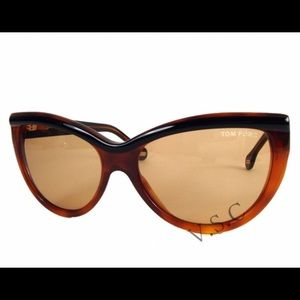 Tom Ford Accessories - Tom Ford Anouk Sunglasses & Case