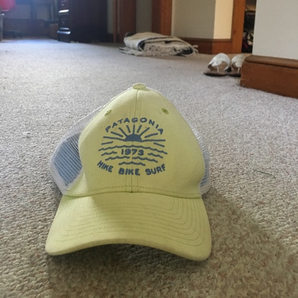 6e556153ee5ed Patagonia hike bike and surf hat. Mesh back. M 5953d3702599fe8e0800835c.  Other Accessories ...