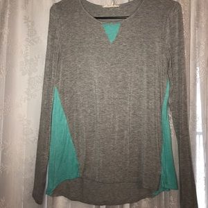 Long sleeve gray and mint shirt