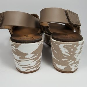 5b61543d639f Clarks Shoes - 💥NWOB Clarks (Stasha Hale 4) Wedge Sandal💥