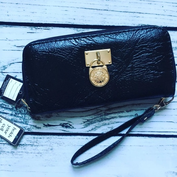39aed182703 Beverly Hills Polo Club Bags   Wristlet Fits Phone   Poshmark