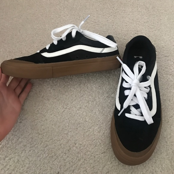 Vans old skool black   white gum bottom. M 5954069213302a1c83009d28 1a928a748a