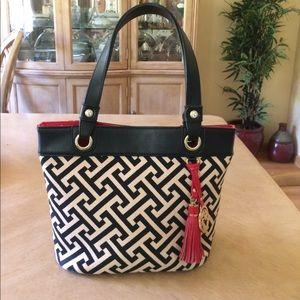 Spartina 449 Handbags - 👛 Spartina Leather & Linen Black & Tan Day Tote!!