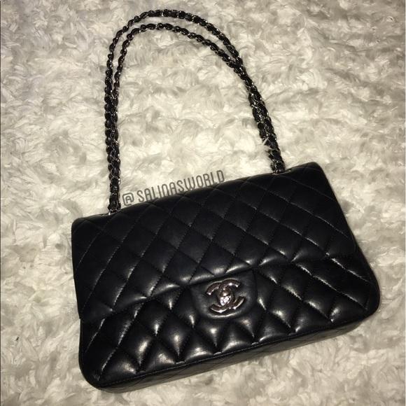 400f6ec38e1dc5 CHANEL Handbags - CHANEL Lambskin Quilted Medium Double Flap Black