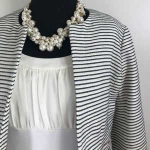 Express Ivory White Cream Sleeveless Blouse sz S