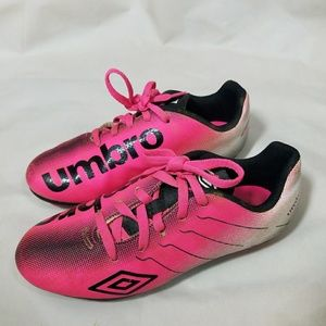Umbro Other - Umbro Childrens PINK Soccer Cleats Size 2