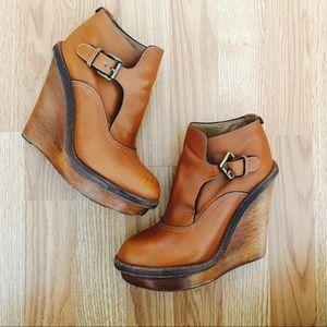 Chloe Shoes - Chloe wedge Buckle bootie