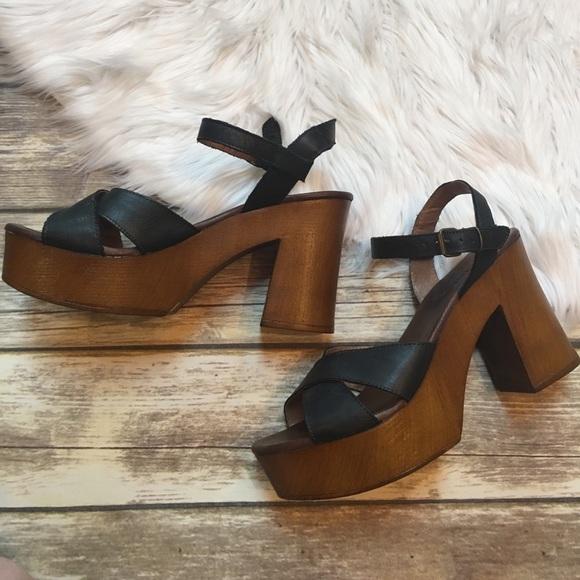 c1ec2964fb99 Musse   Cloud Miley Platform Sandals. M 595420dc2599fe84e8005108