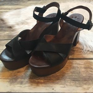 47acc2d13c4e Musse   Cloud Shoes - Musse   Cloud Miley Platform Sandals