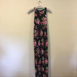 Meritt empire maxi floral black and pink dress