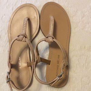 Antonio Melani cute sandals