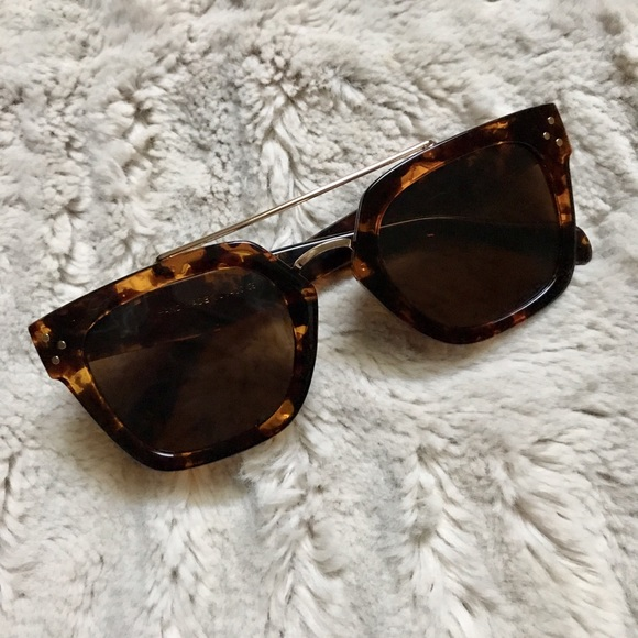 cc018e6c712 NEW Tortoise Bridge Sunglasses