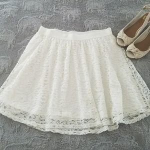 Lauren Conrad Dresses & Skirts - Lauren Conrad Lace Skirt