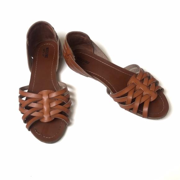 Gena Wide Width Strappy Flat Huarache Sandals